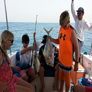Dubai-fishing-trip-photos (27)